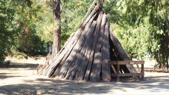 A replica of a Nisenan shelter at the state historical park